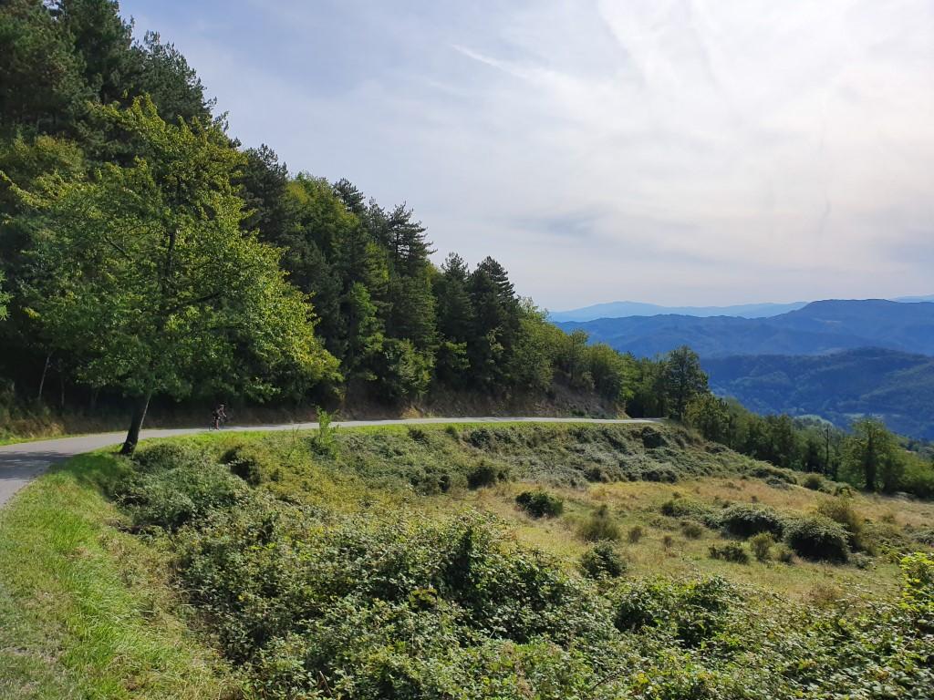 Hannibal Tuscany descent bike tour