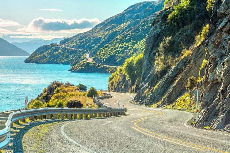 New Zealand Cycling Bike Tour